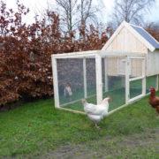 Hønsegård bygget i moduler