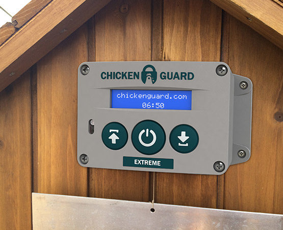 chickenguard_extreme_coop-555x450